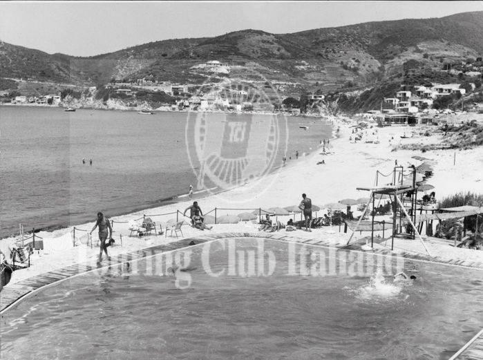 Isola d'Elba, il golfo della Biodola. 1963, Archivio Tci