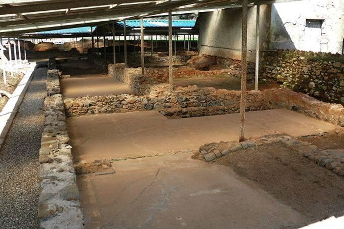 Gli scavi del Varignano Vecchio @ R. Scialpi.
