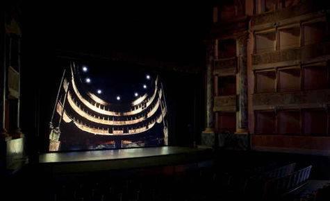 A Bergamo l'arte contemporanea va a teatro