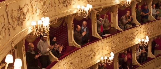 Festival a sorpresa per i 200 anni del Teatro Sociale di Como