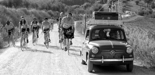 Appuntamento col ciclismo di un tempo. Nel Senese