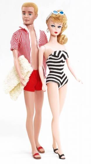 Una Mostra Per Barbie La Bambola Icona Di Stile 5 Di 7 Touring Club