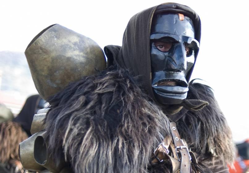 prezzo favorevole nuovo massimo prezzo migliore Carnevale in Sardegna, tra folclore e tradizione
