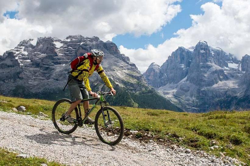 Foto Bisti: in mountain bike sulle Dolomiti di Brenta