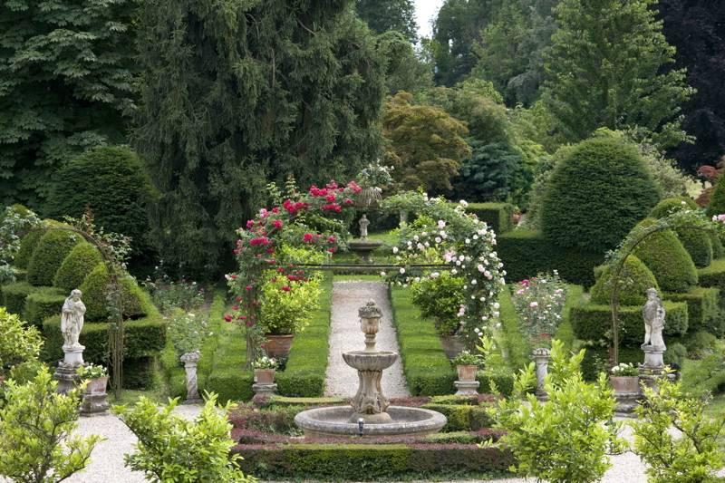In veneto la magia di una villa con 60mila tulipani - Immagini di ville con giardino ...