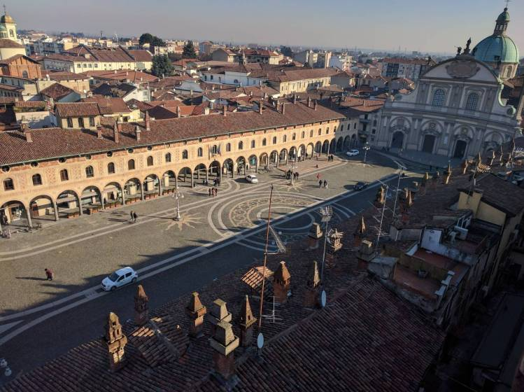 Che cosa fare a Vigevano: una giornata ideale nella città ...