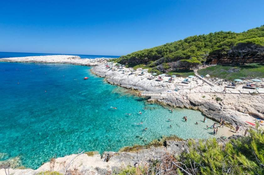 Il Villaggio Touring alle isole Tremiti: natura a tu per tu (13 di ...