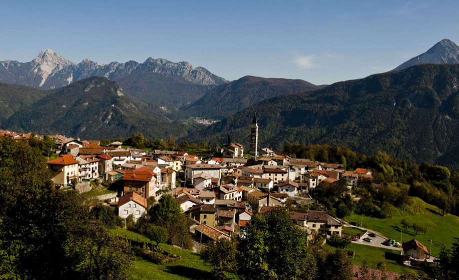 Tolmezzo la citt alpina del 2017 for Finestra 4 tolmezzo