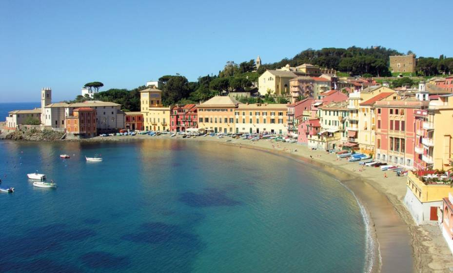 Matrimonio Spiaggia Sestri Levante : Dieci spiagge libere dove andare al mare in liguria di