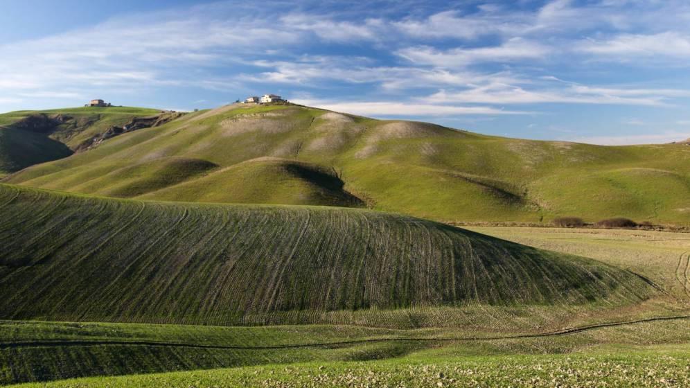 Risultati immagini per contenimento del consumo di suolo per salvare il paesaggio