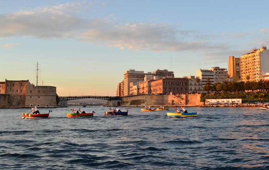 Taranto - Castello e ponte girevole (Giorgio Guarini)