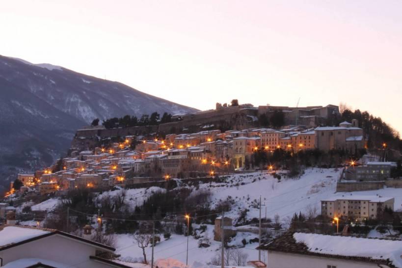 Il Borgo di Civitella del Tronto, eletto il più Bel Borgo d'Abruzzo durante la tramissione TV su RAI 3 alle Falde del Kilimangiaro