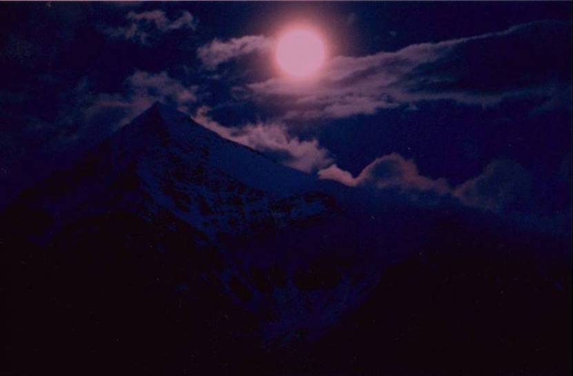 Luna Piena sul Tresero