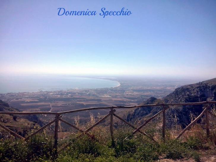 Manfredonia vista dall'abbazia di Pulsano (Monte Sant'Angelo, FG)