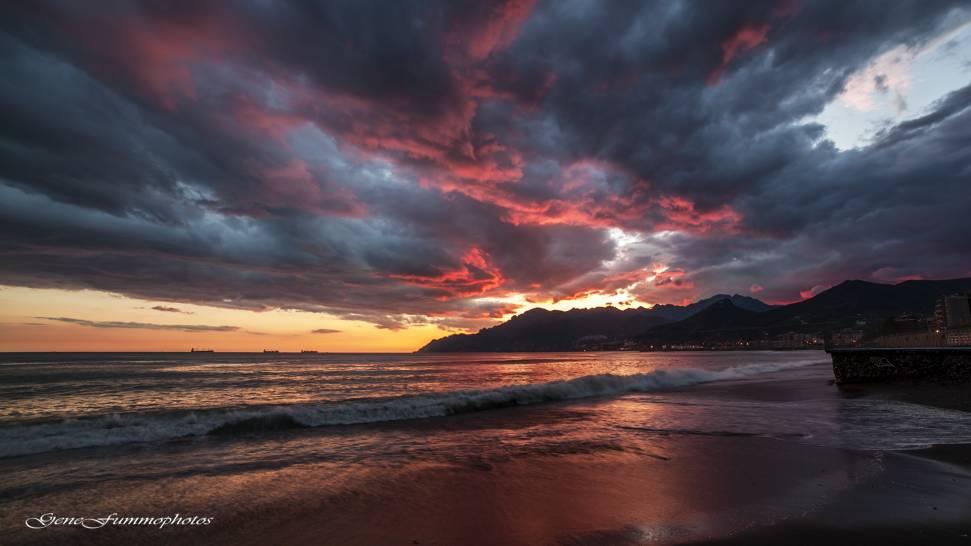 Il tramonto su Salerno