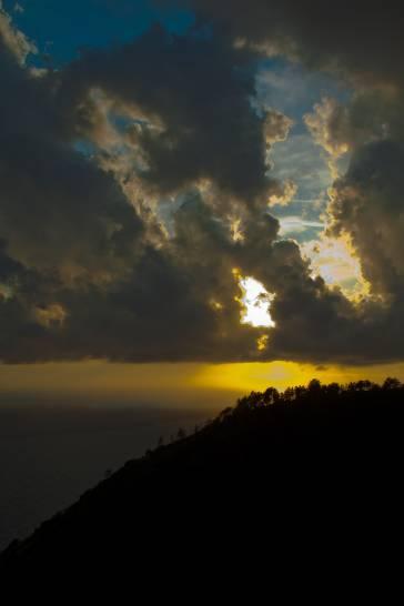 luci e ombre su Tramonti  La Spezia