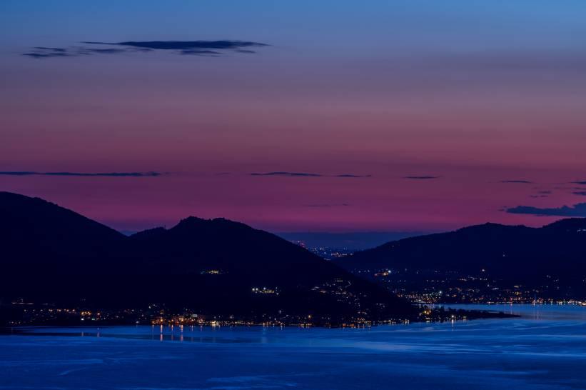 Dopo il tramonto sul Lago d'Iseo