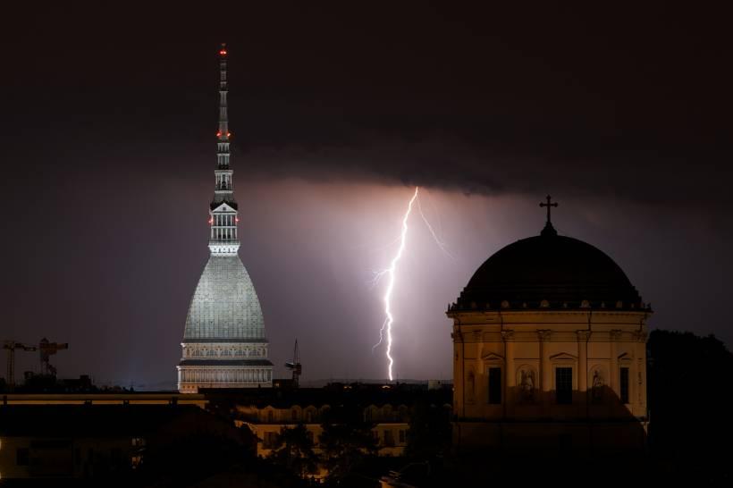 Temporale nella notte, Torino