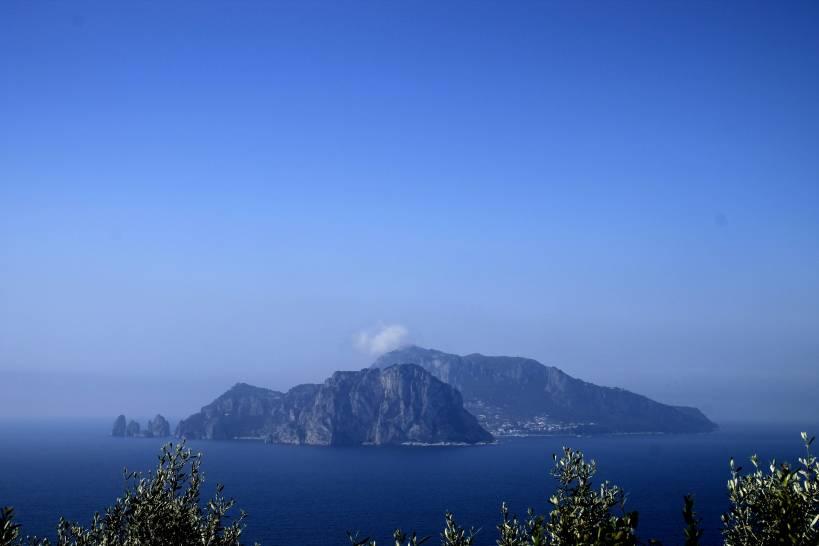 Isola di Capri da Punta Campanella
