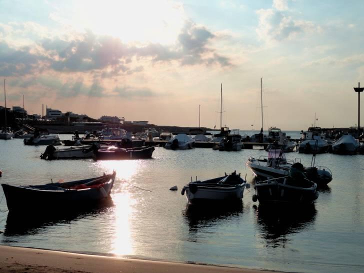 barche al tramonto ...