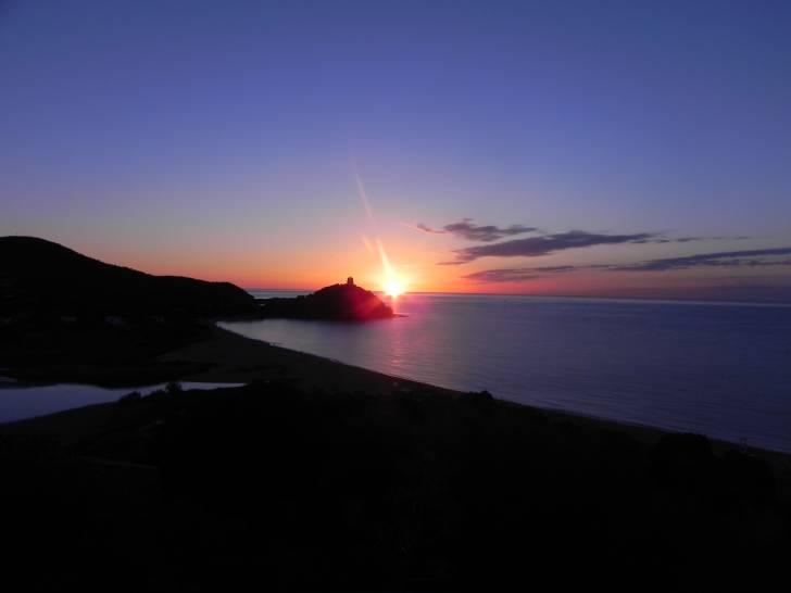 L'alba a Chia (Ca) - settembre 2013