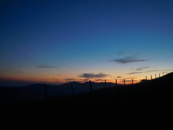 Sentiero al tramonto