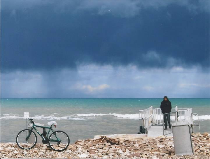 CIELO e MAR d'inverno sulla spiaggia di Torre Quetta Bari