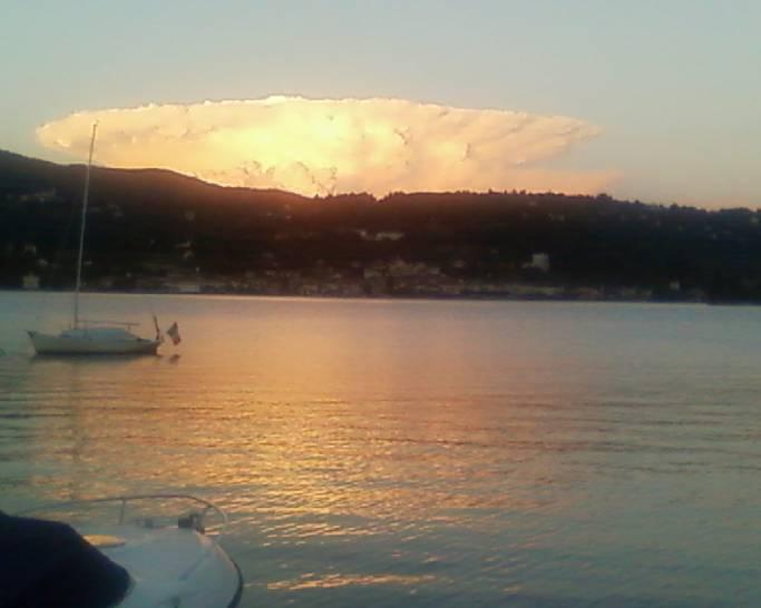 atomica sul lago d'Orta