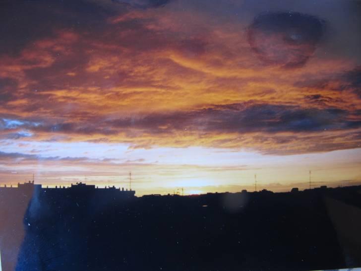 tramonto sui cieli dell'EUR di Roma.