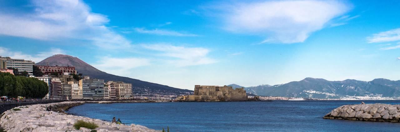 Vesuvio, Castel Dell'Ovo.... Napoli