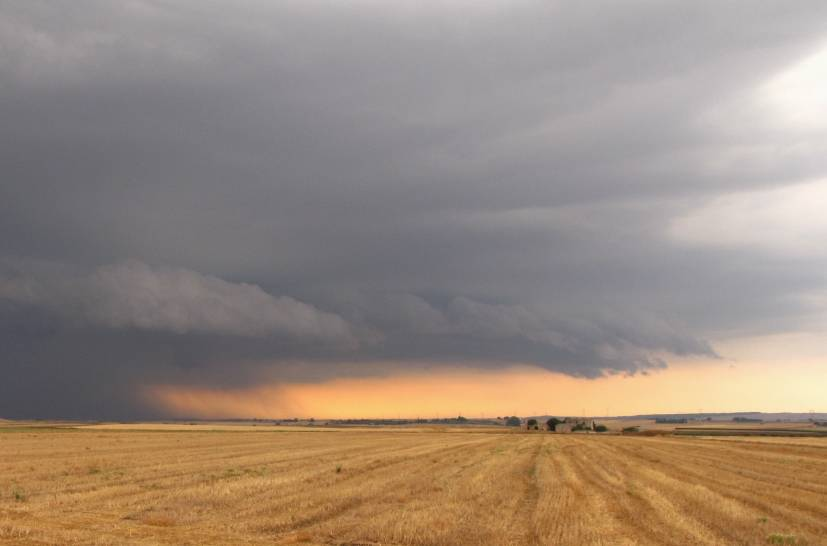 temporale sull'altopiano materano