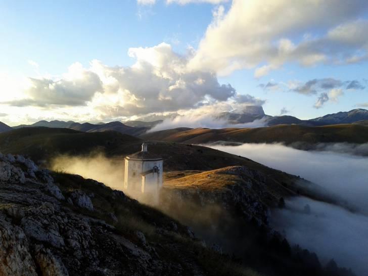 Rocca Calascio e il Gran Sasso d'Italia