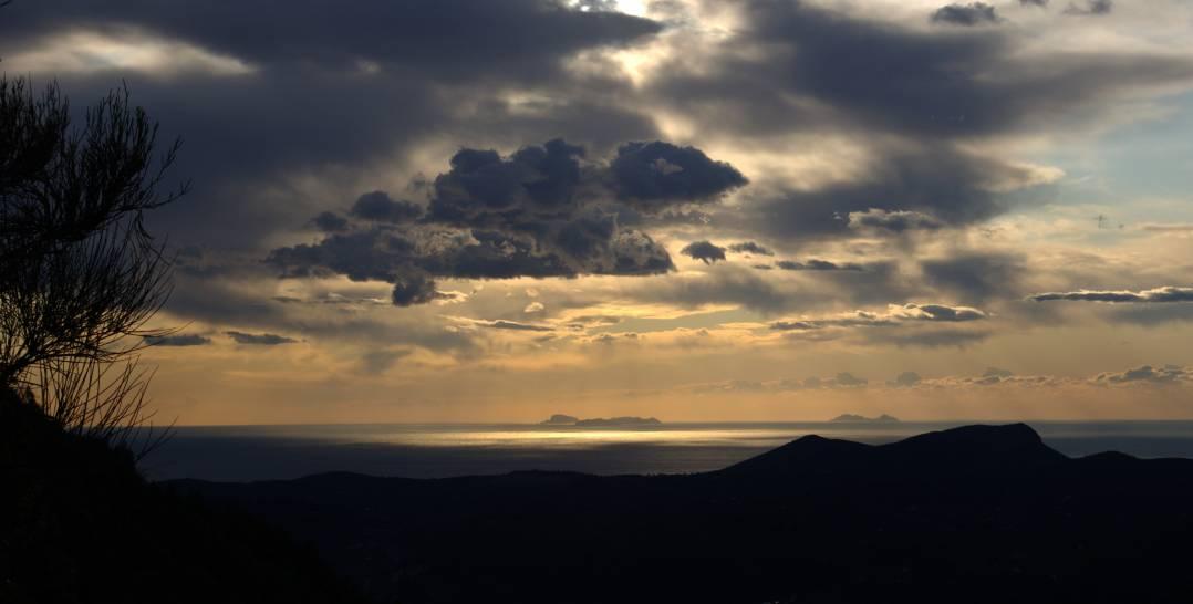 Le isole Pontine dai monti Aurunci