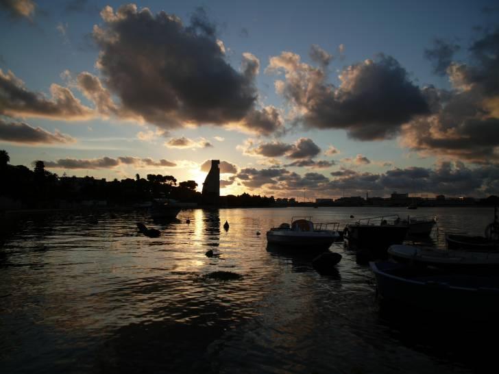 Panoramica del porto di Brindisi