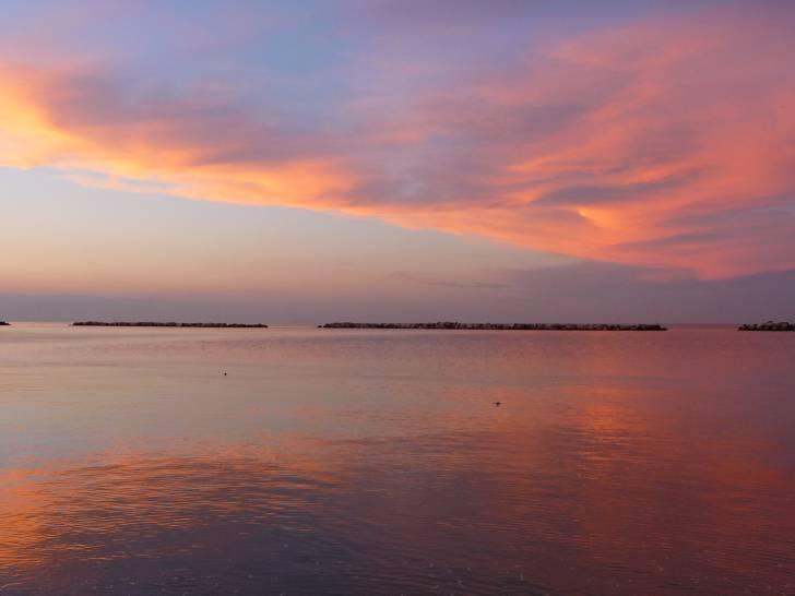 Riflessi magici del tramonto sull'alto Adriatico