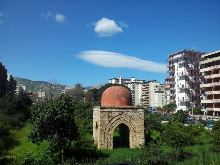 Cielo sopra la Piccola Cuba di Palermo