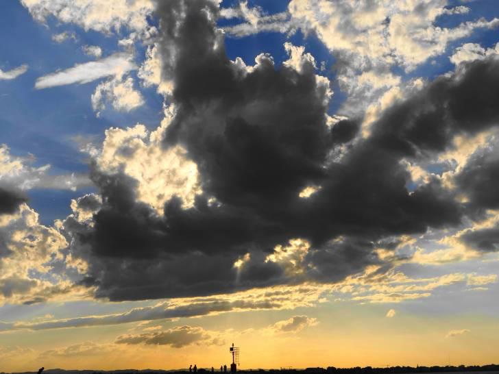 Luce e nuvole