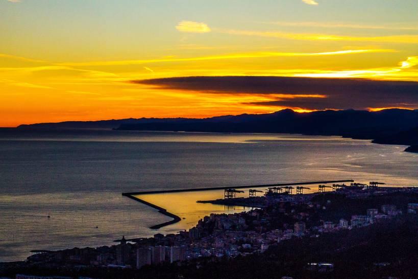 Genova a ponente ( Liguria )