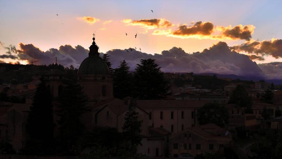 Rondini al Tramonto (Cosenza)
