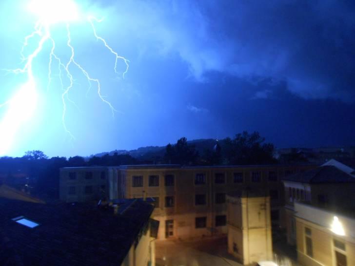 ore 4.30 - tempesta sulla città
