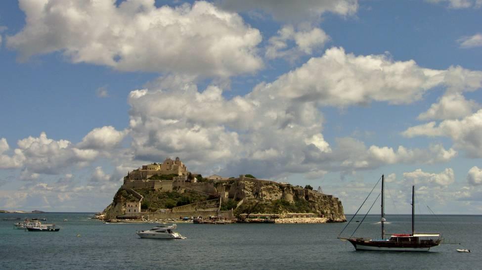 Isole Tremiti - Il cielo sopra San Nicola visto da San Domino