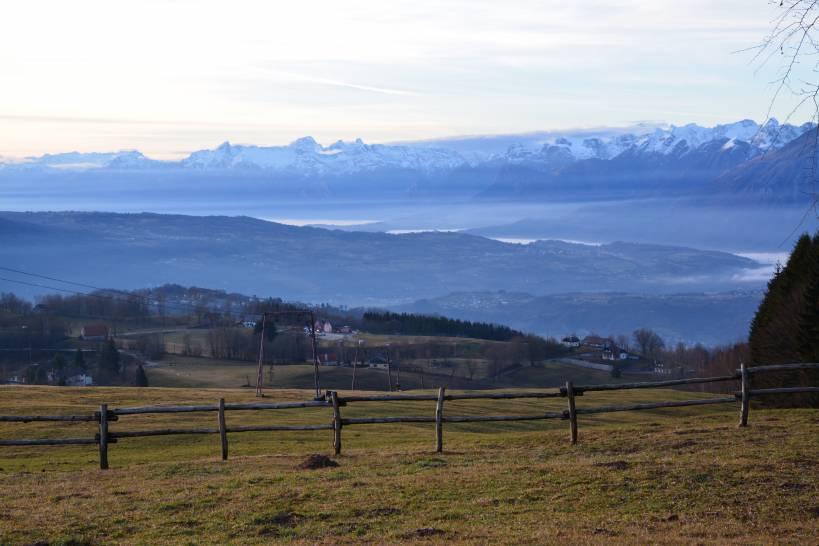 Il cielo scende nella valle dell'Alpago (BL)