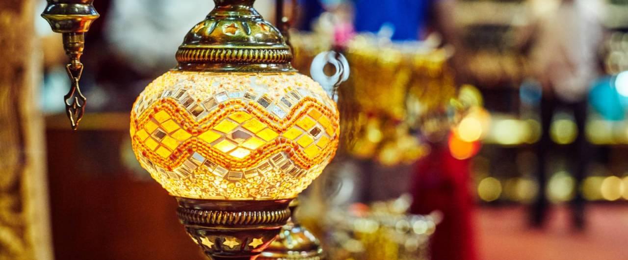 L'Oman e i regali del sultano, i vascelli di Sur e la modernità di Muscat