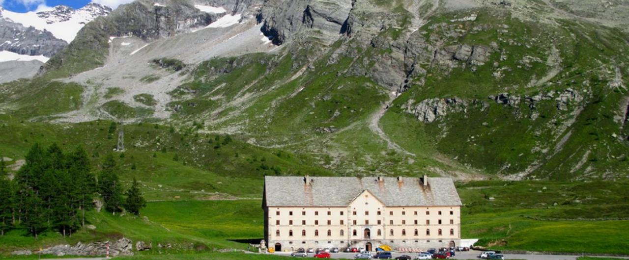 I 10 passi delle Alpi da non perdere