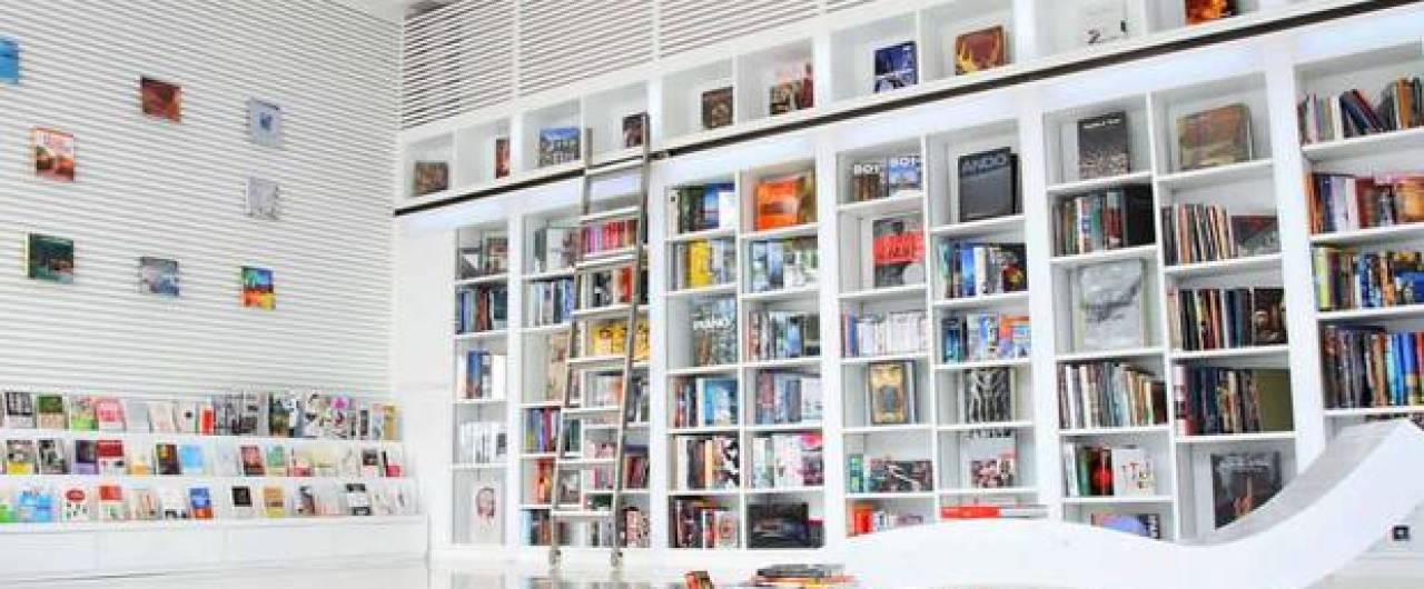La biblioteca diventa un hotel