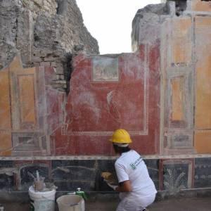 Pompei, un'iscrizione cambia la data dell'eruzione del Vesuvio