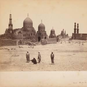A Milano una straordinaria mostra con le foto dell'Archivio Tci. Protagonista, l'Egitto di fine Ottocento