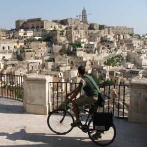 In bicicletta a Matera: tre itinerari tra i Sassi e i dintorni