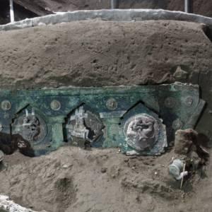 Dagli scavi di Pompei un ritrovamento unico: un carro nuziale perfettamente conservato
