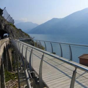 Apre sul Lago di Garda la pista ciclabile più spettacolare d'Europa